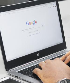 سئو دقیقاً چیست و چرا در کسب و کار اینترنتی مهم است؟
